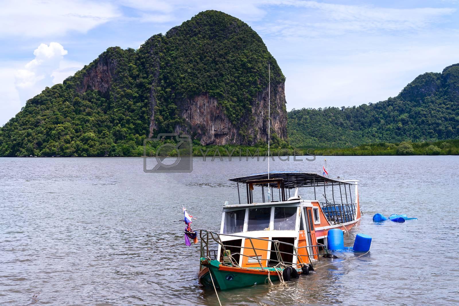 The passenger boat sank at Trang province ,Thailand  by jakgree