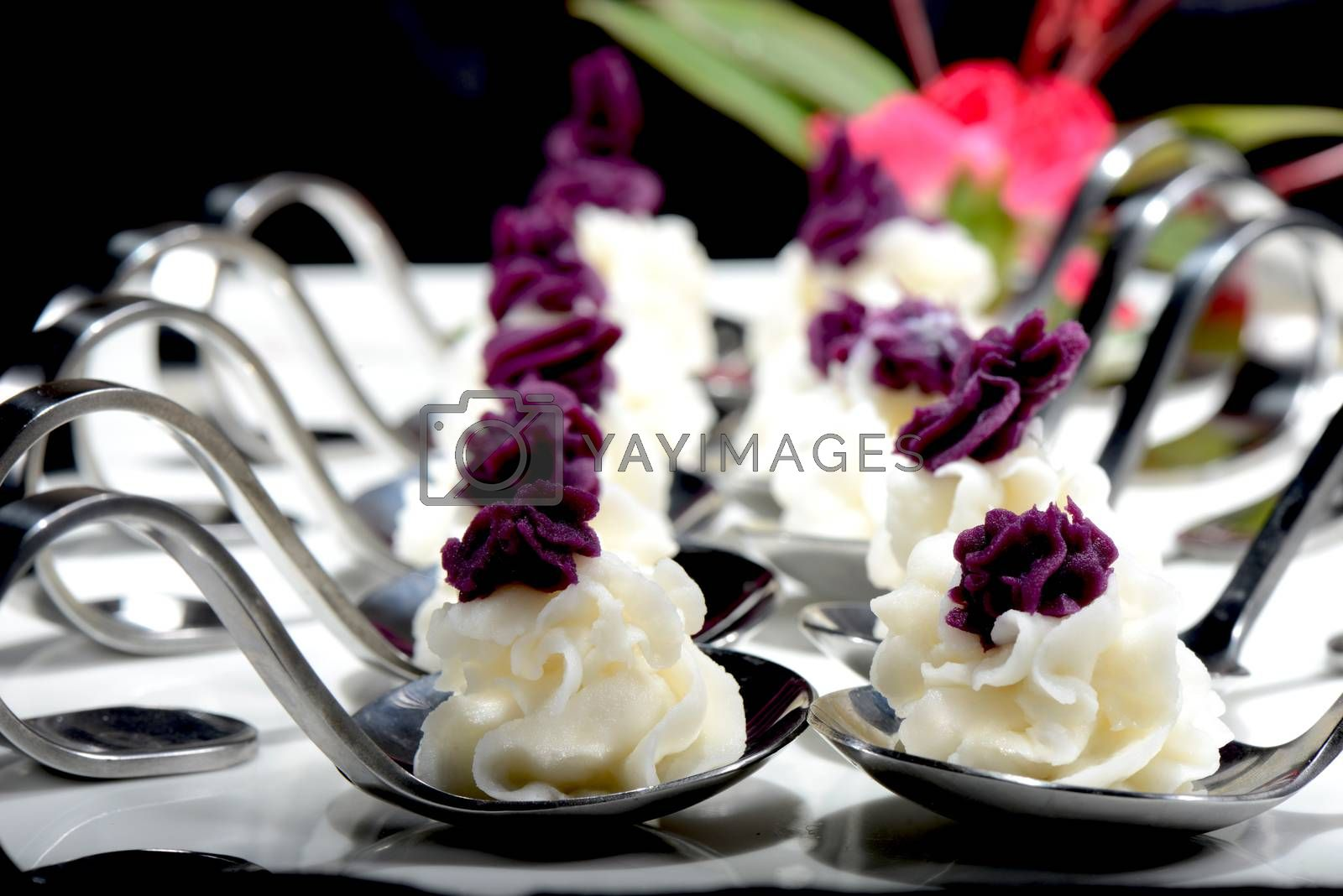 Chinese Food: Dessert made of Purple sweet potato and yam by bbbar