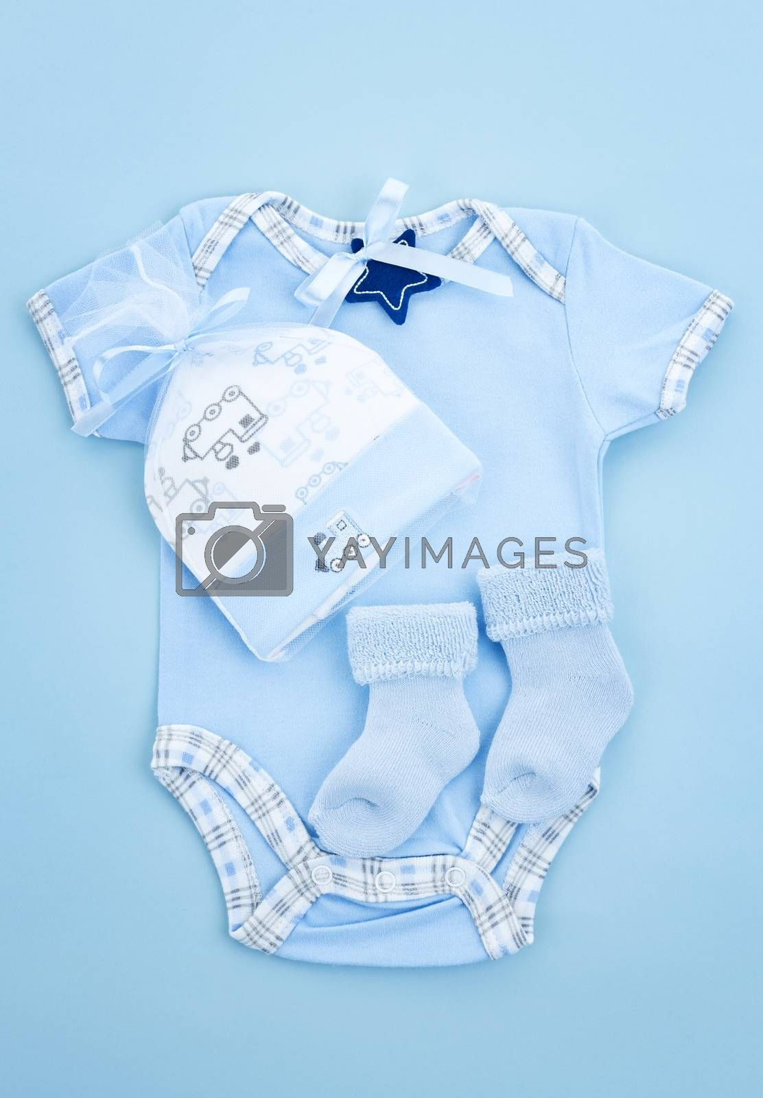 Blue infant boy clothing for baby shower