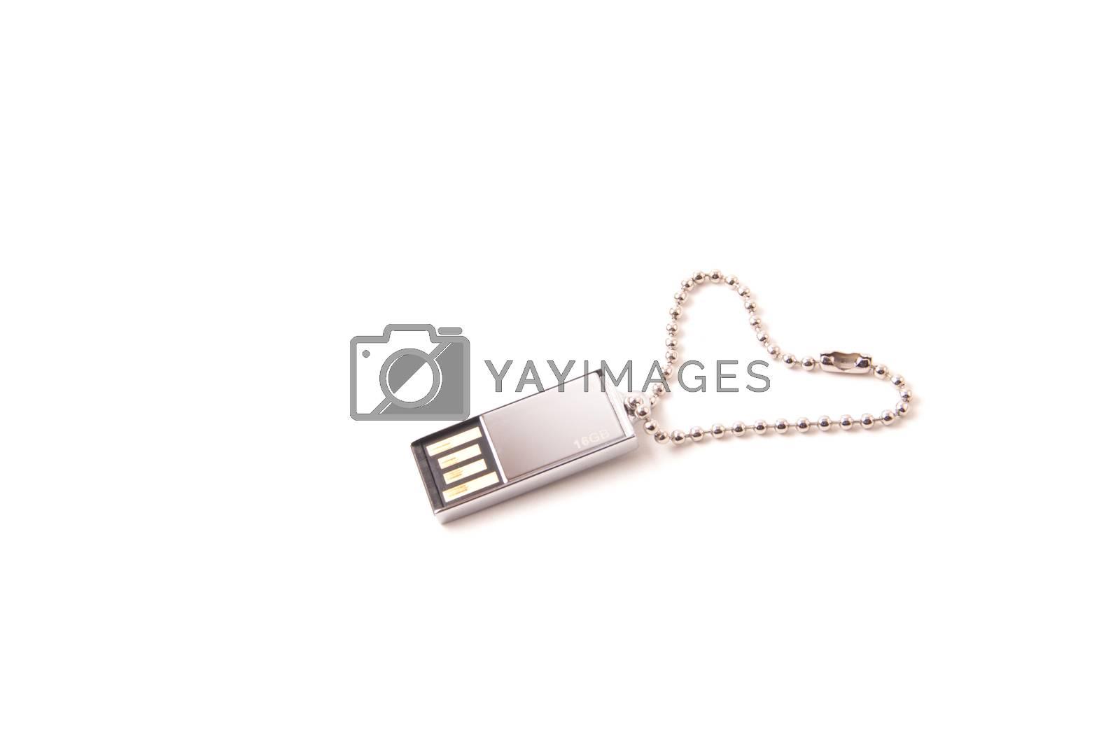 Platinum USB key with heart shape chain