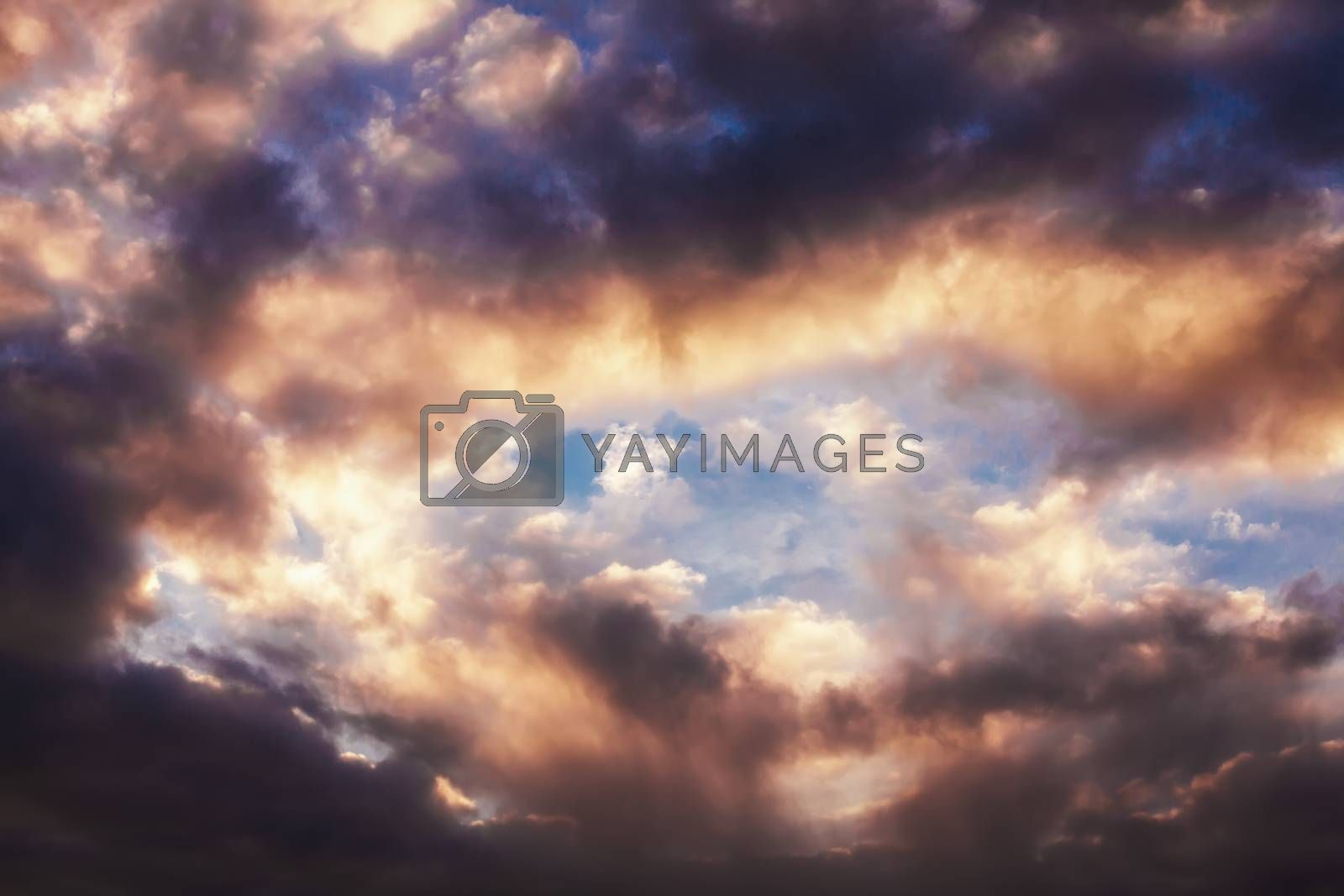 Beautiful sky with pink clouds before sunset