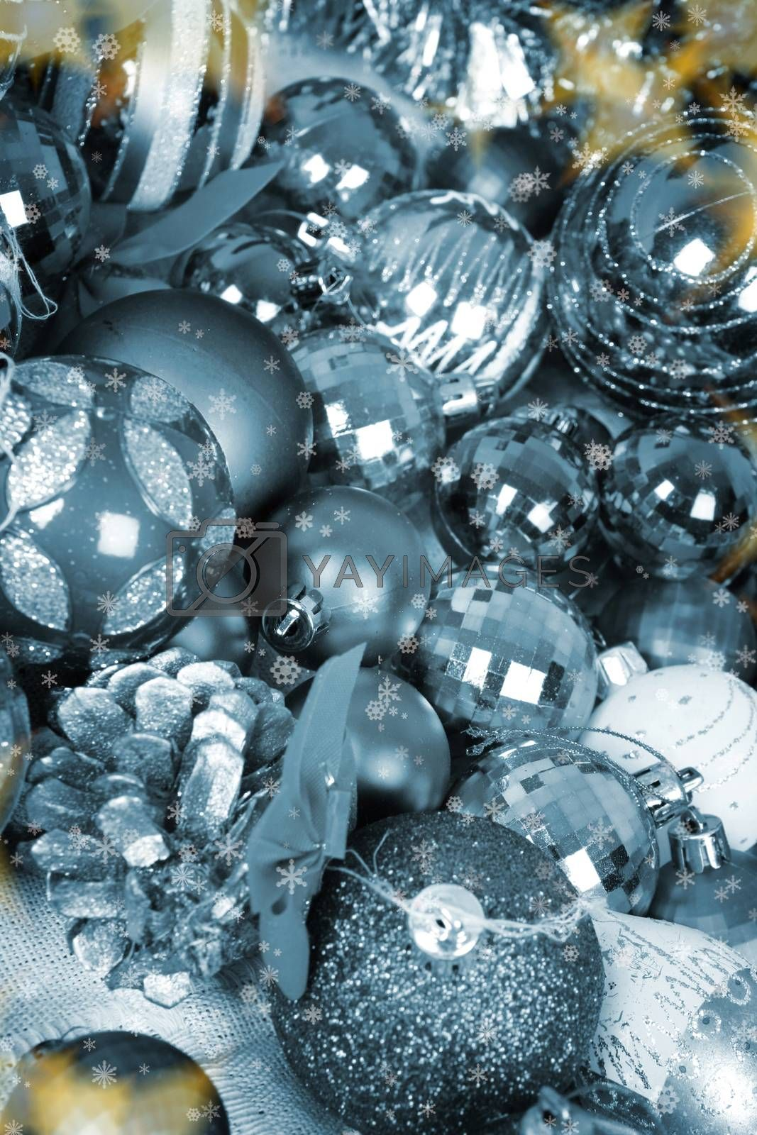 Close-up picture of christmas decorations.