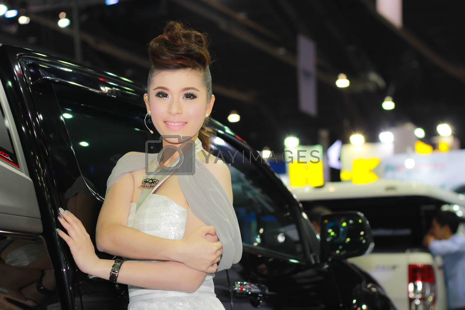 An Unidentified female presenter pose in Bangkok International Motor Show by redthirteen