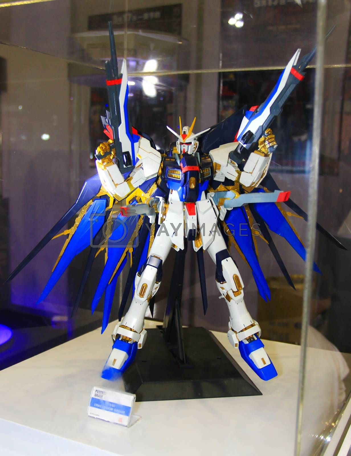 BANGKOK - MAY. 11: A Gundam model in Thailand Comic Con 2014 on May 11, 2014 at Siam Paragon, Bangkok, Thailand.