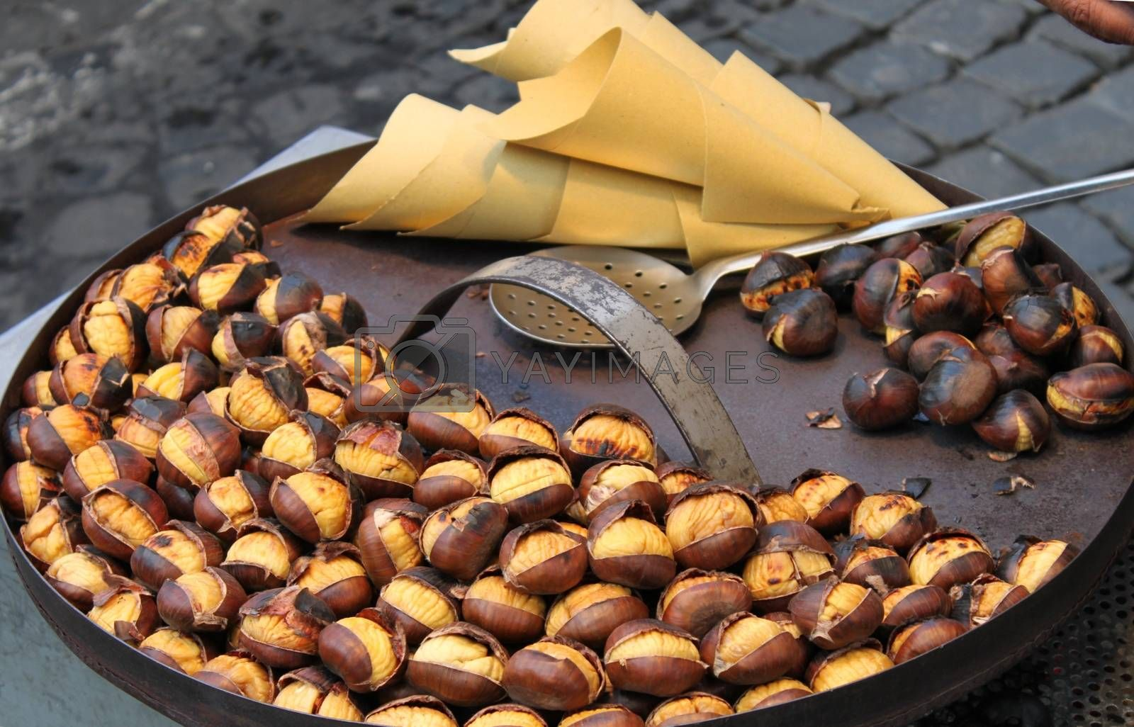 Grilled chestnuts by alessandro0770