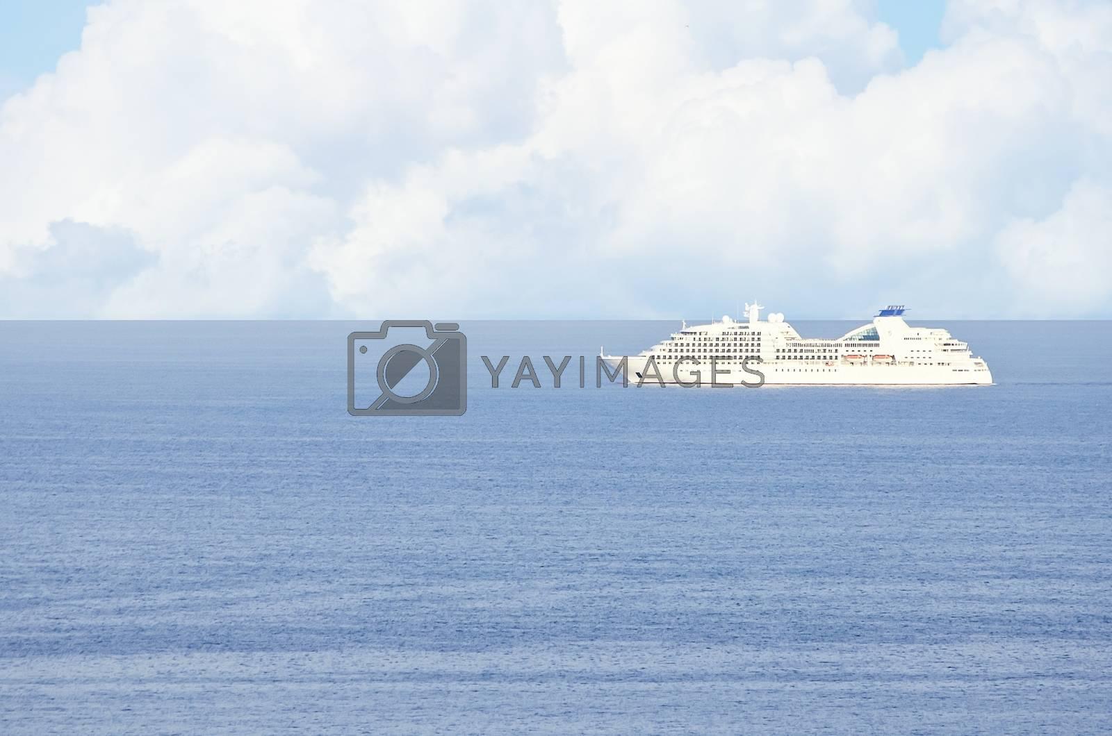 Cruise Ship by razvodovska