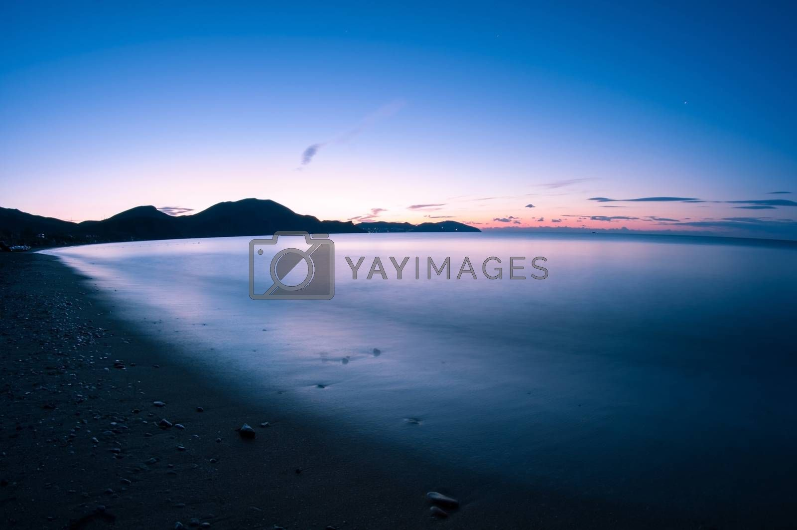 Night shot sea. by bashta