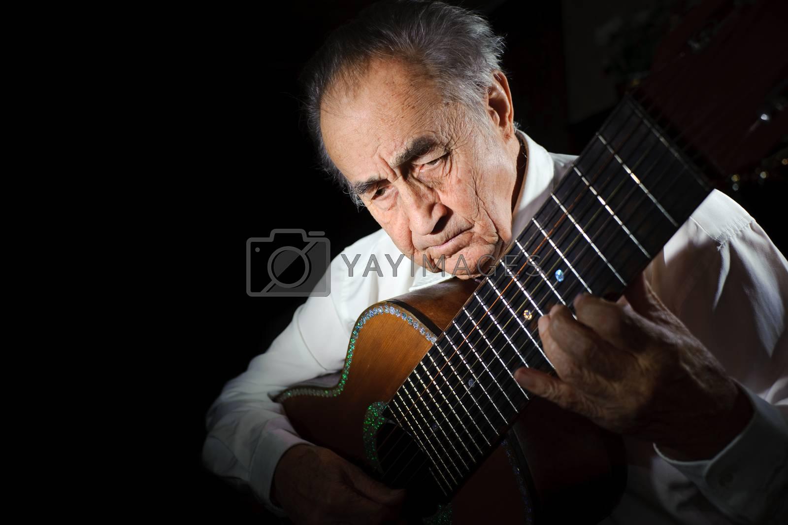 Old musician. by bashta