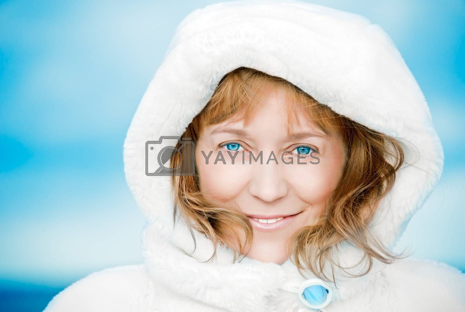 Blue-eyed woman. by bashta