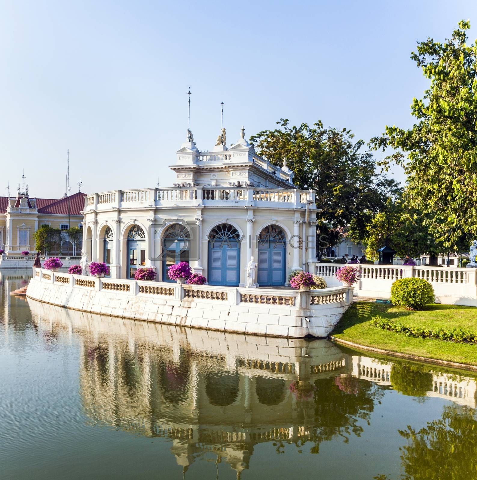 artificial Island in the park in the Sommerpalace Bang Pa In of the King of Thailand near Ajuttaya by meinzahn