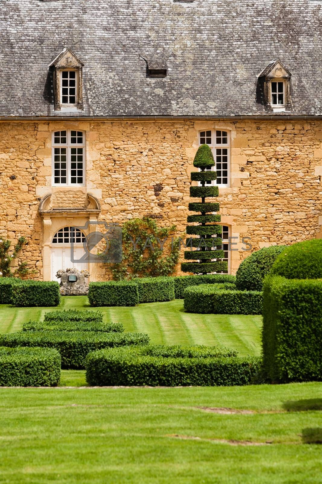 Beautiful house with a french garden in the french region of Dordogne