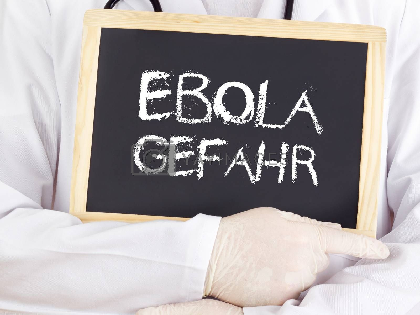 Doctor shows information: Ebola risk in german language
