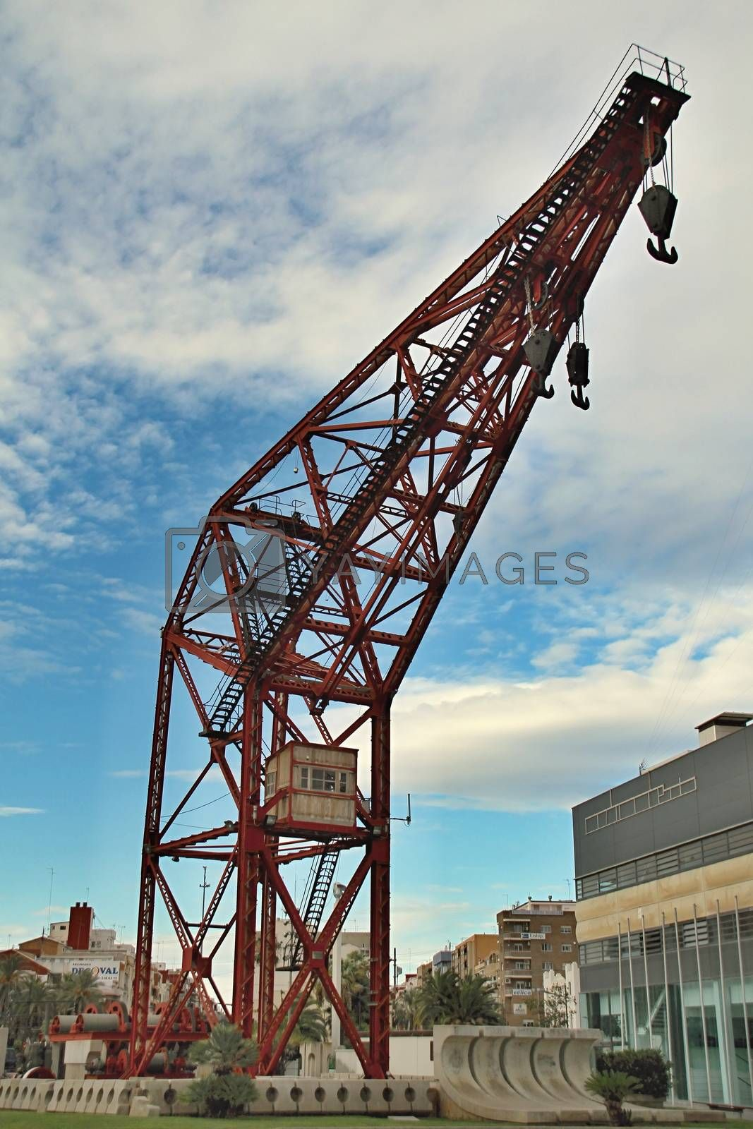 Photo of City Seaport Crane made in the late Summer time in Spain, 2013
