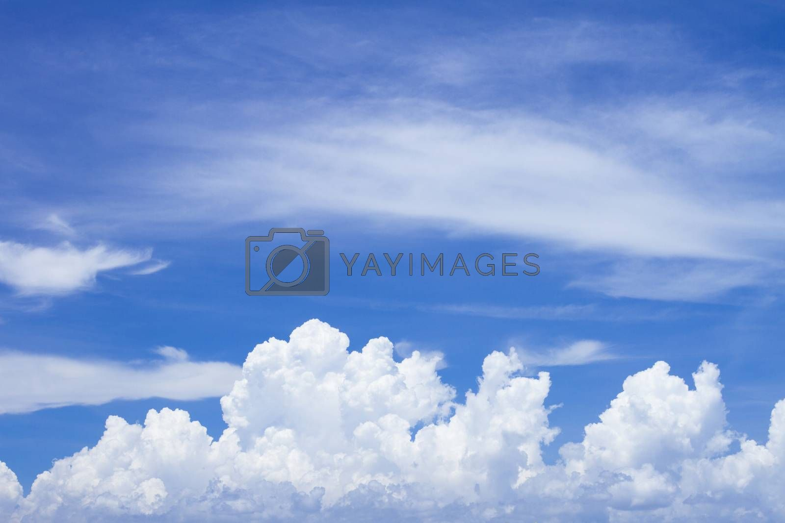 Sky and clouds by jee1999