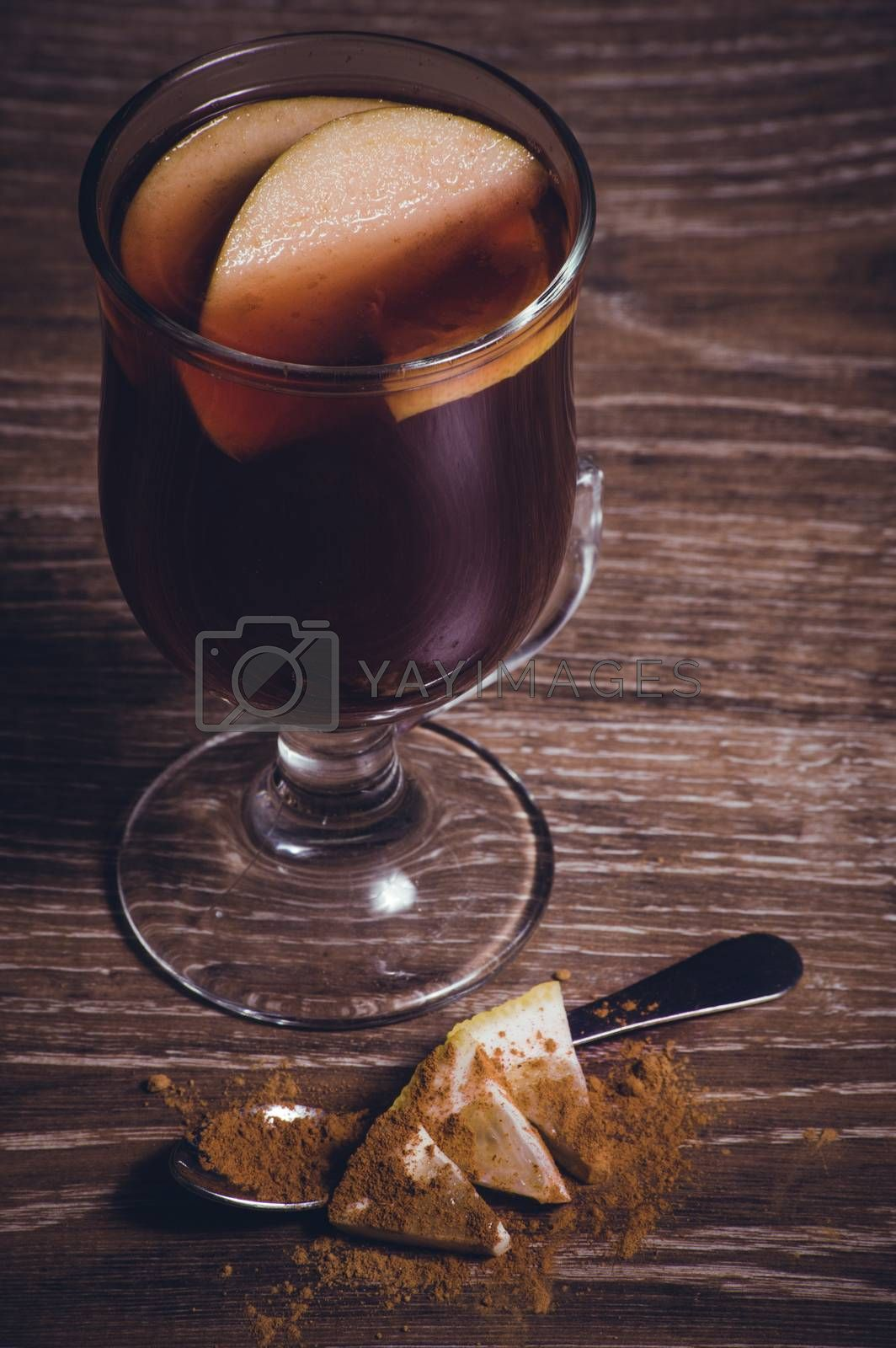 red mulled wine with apple and cinnamon