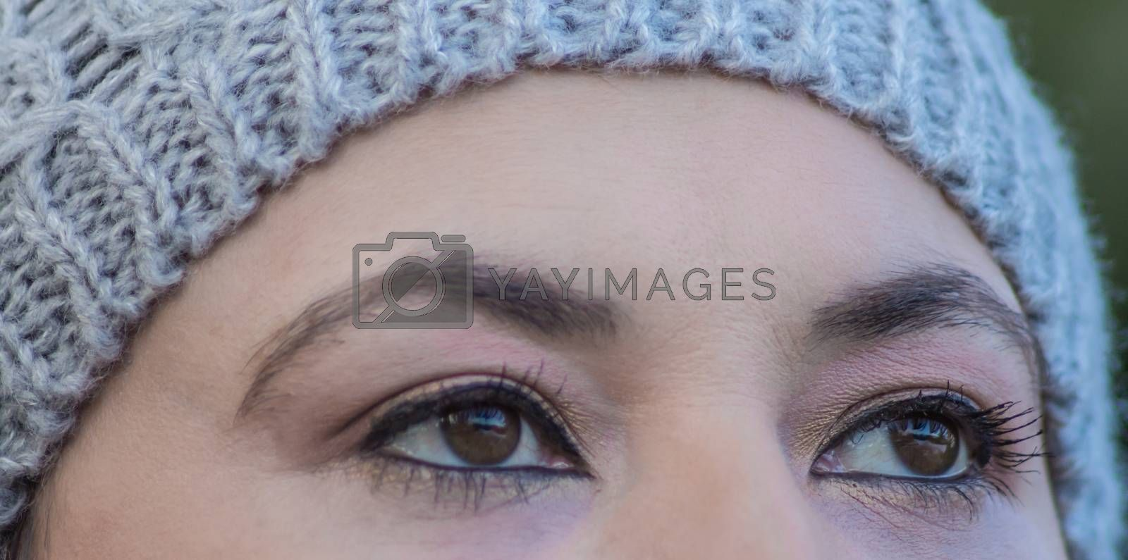 Woman with beautiful eyes,outdoor shot
