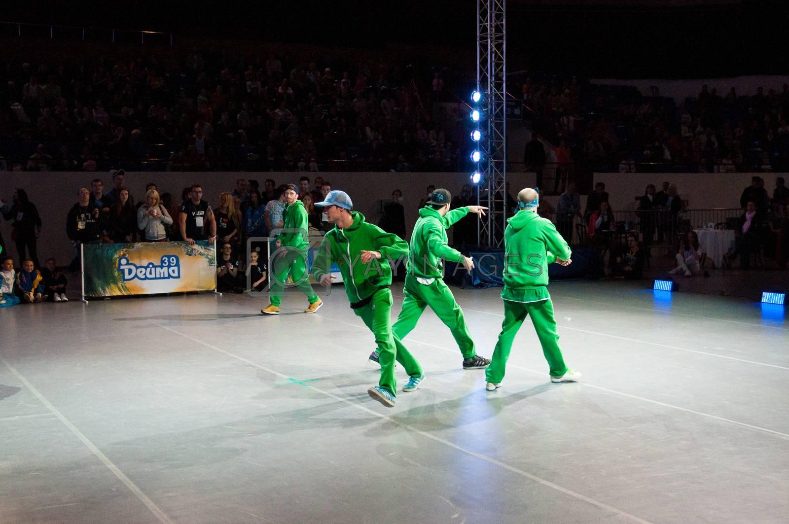 KALININGRAD - MAY 10: European Championships in Acrobatic Rock-n-Roll, 10 May, 2014 in Kaliningrad Russia.