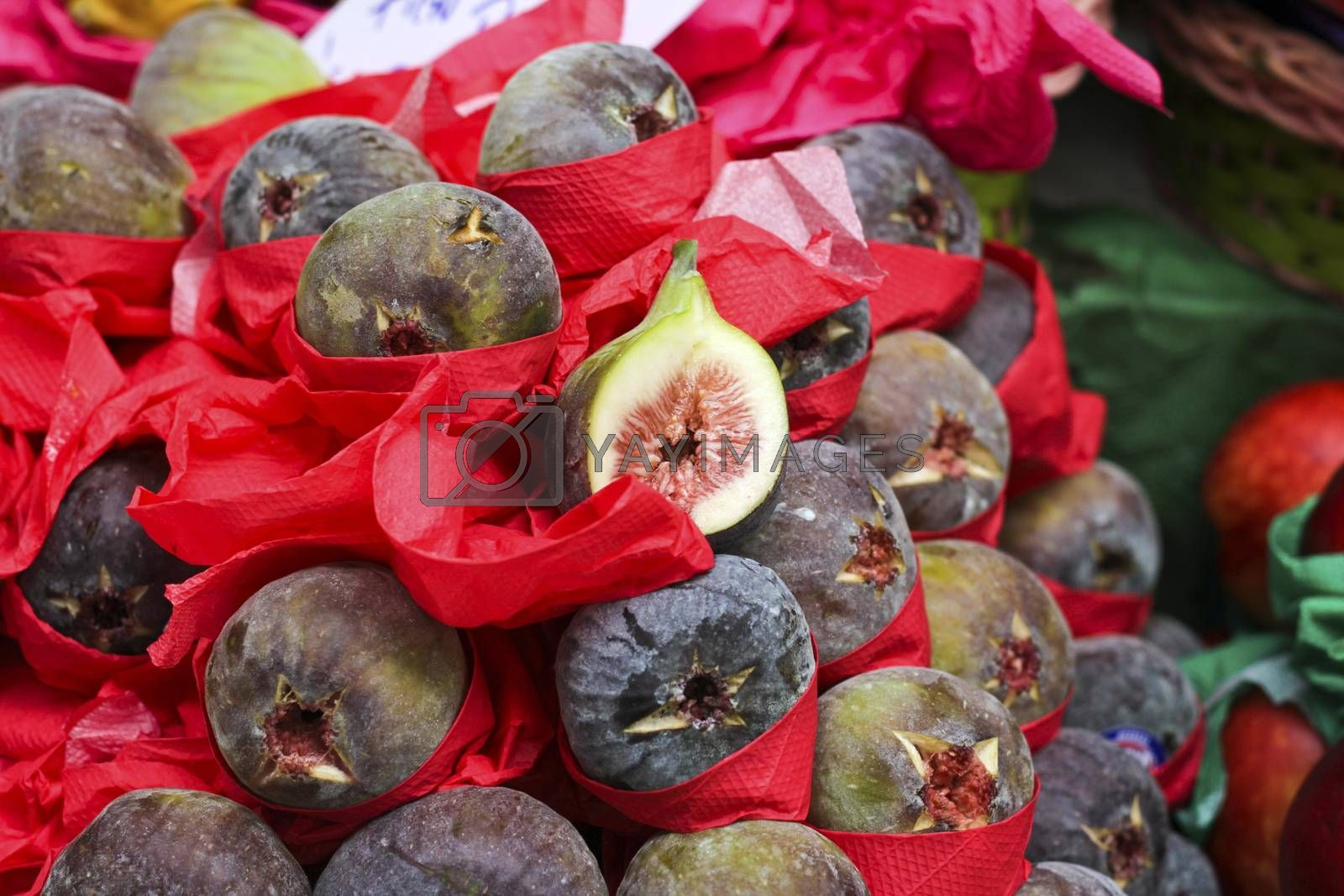 Exotic fruit purple figs exposed in the Market