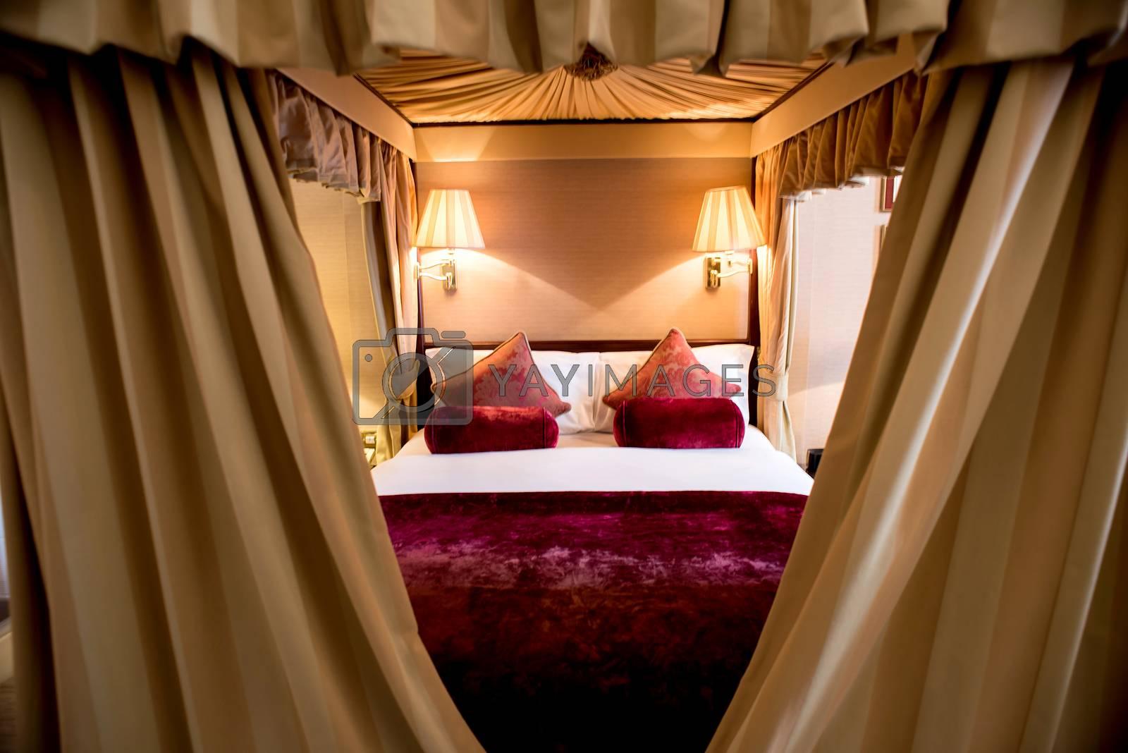 Modern master spacious luxury bedroom