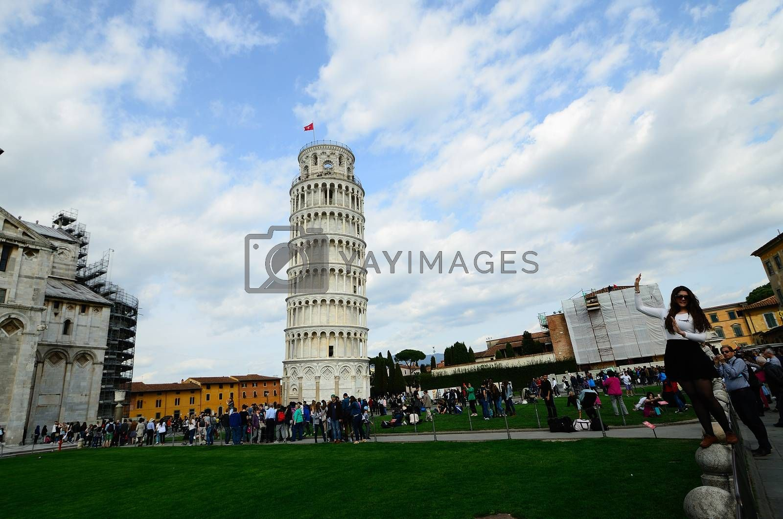 Leaning Tower of Pisa and many tourists during photographing