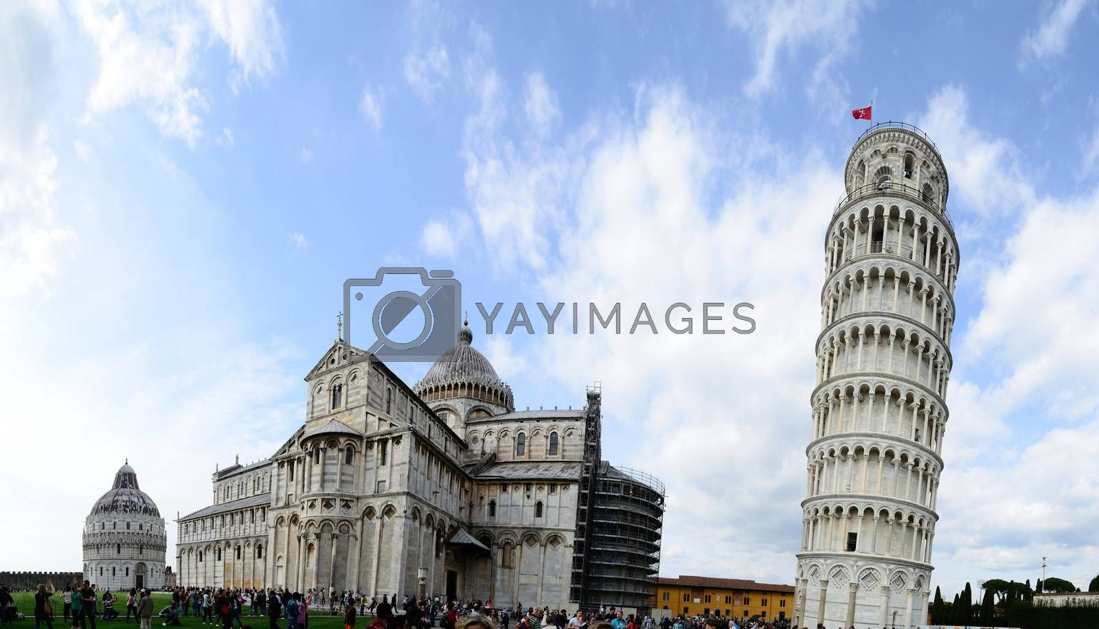 Leaning Tower of Pisa and cathedral panorama view