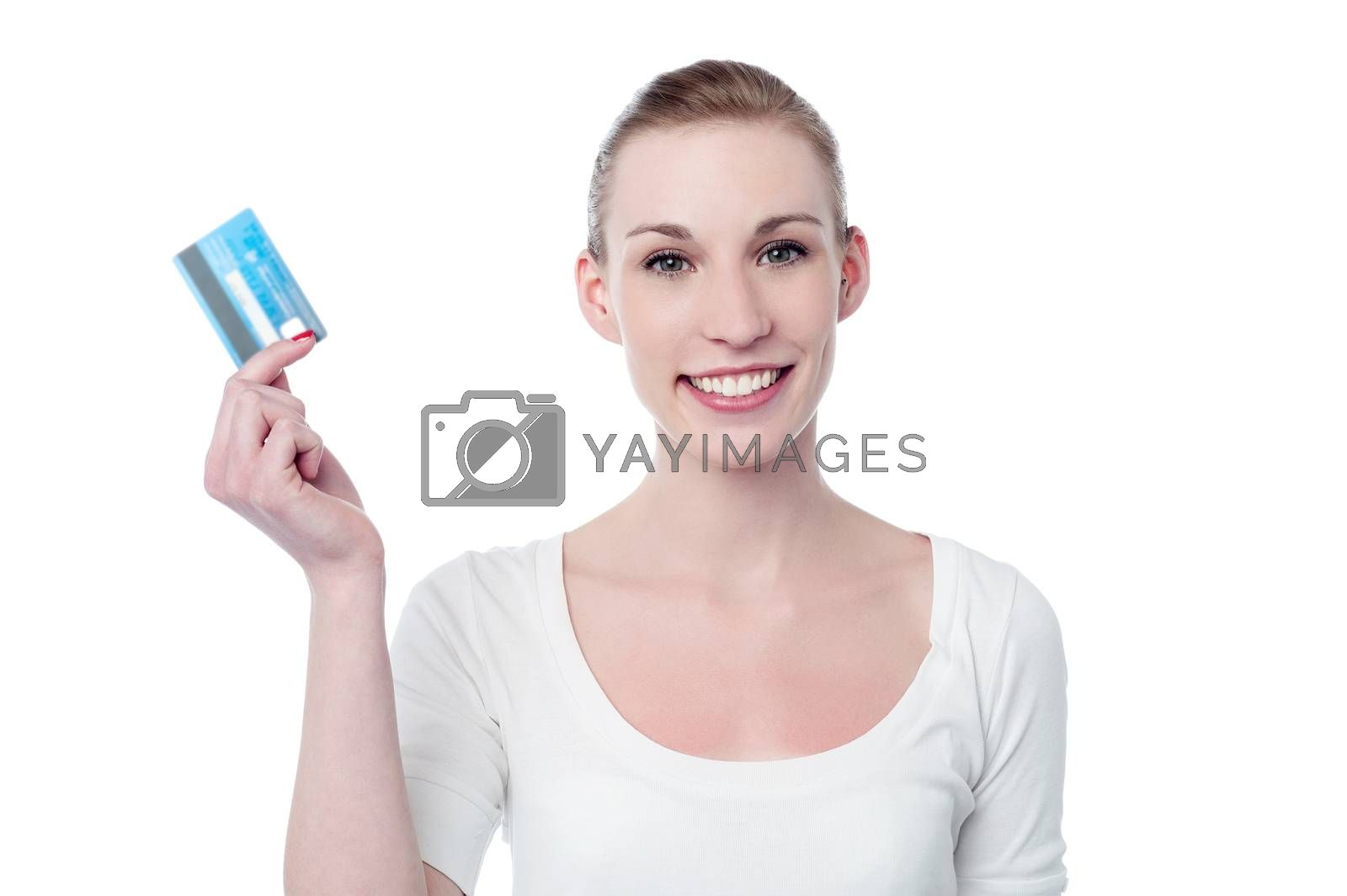 Pretty woman showing her credit card