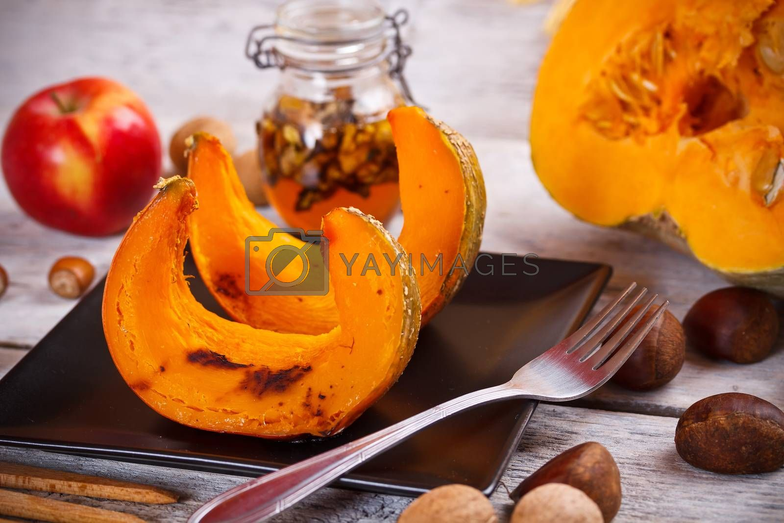 Autumn delicatesse with roasted pumpkin, chestnut and apple