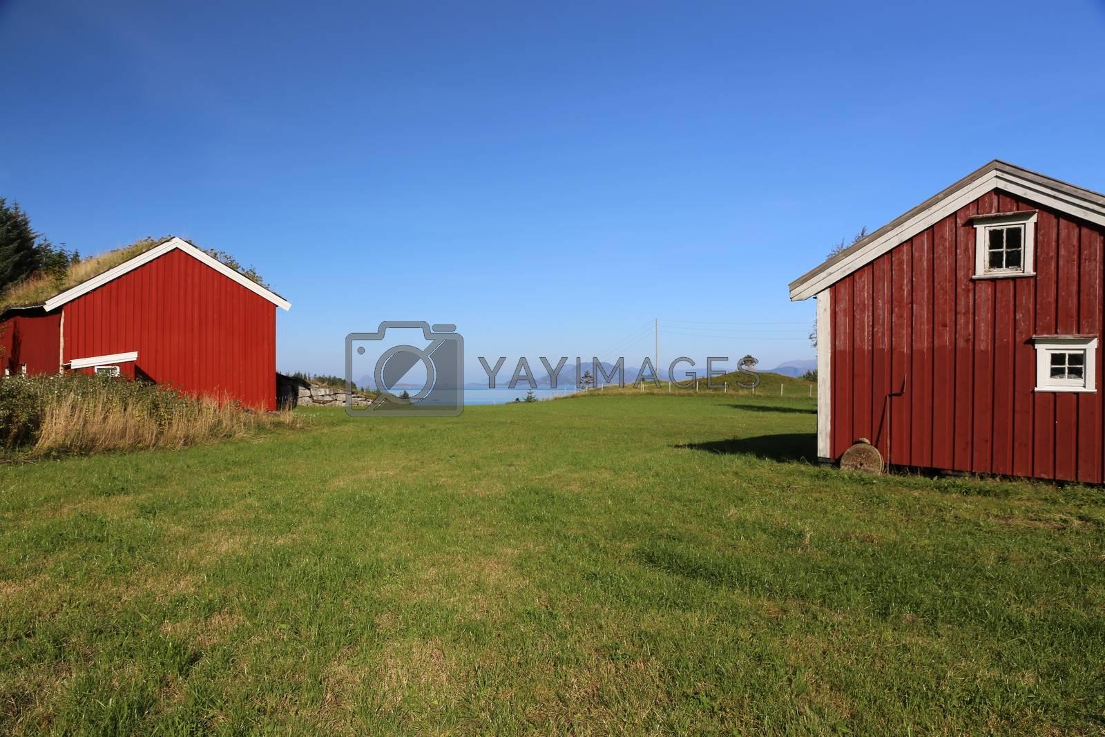 Sommerhus på Sørkvaløya i Sømna kommune, tidligere småbruk