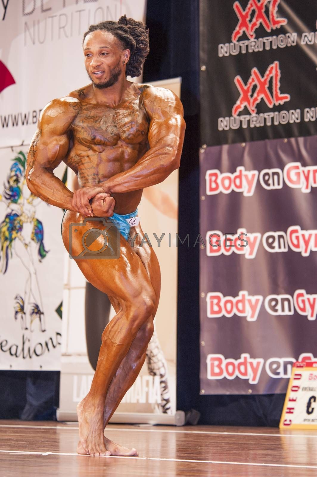 Male bodybuilder Grego Francisca shows his chest pose by yellowpaul