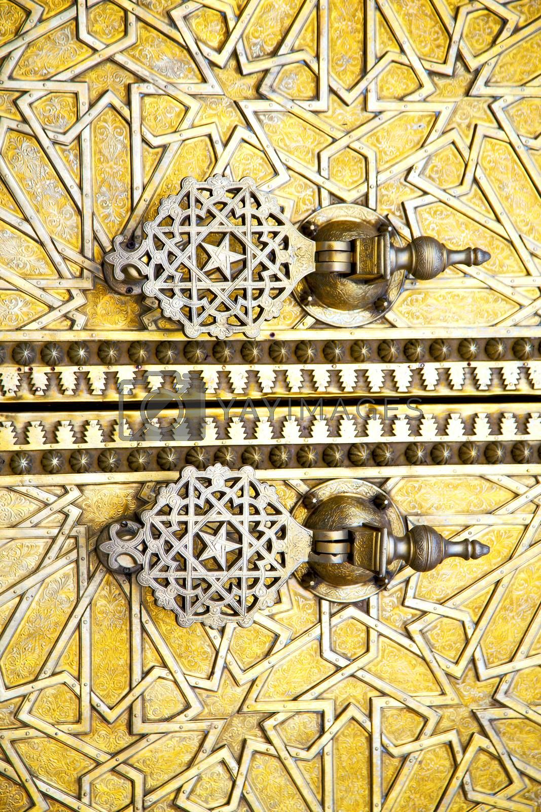 metal rusty  brown    morocco in africa the old gold star by lkpro