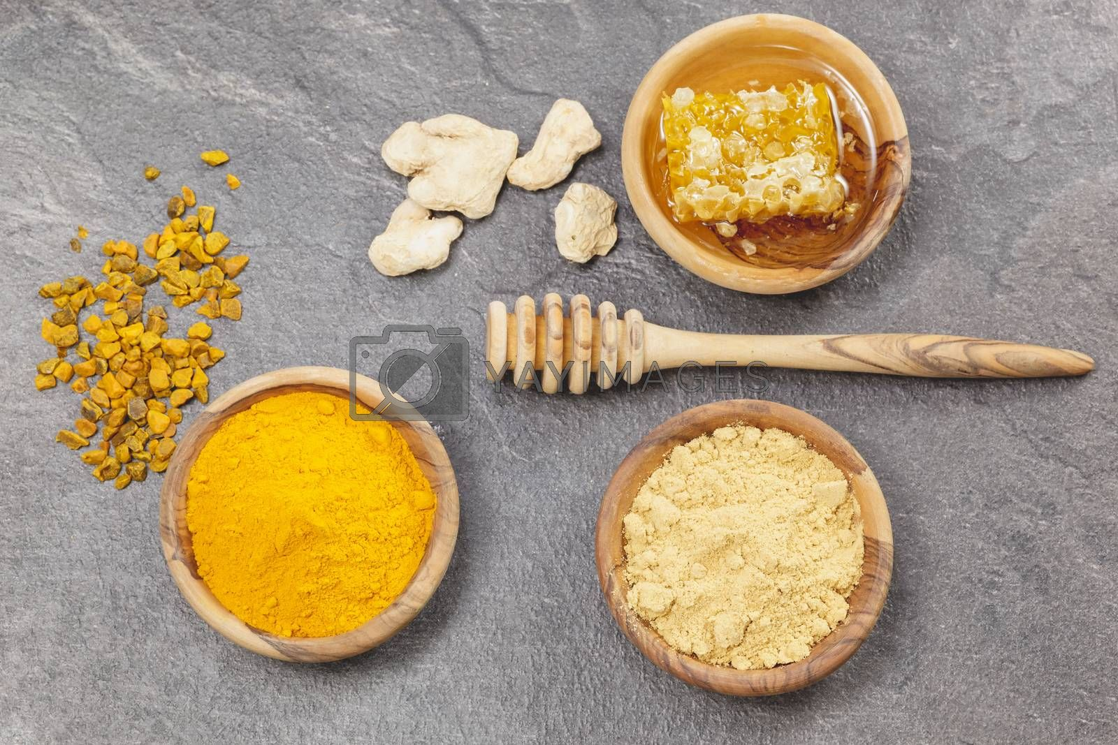 Ginger, Turmeric and honeycomb by Slast20