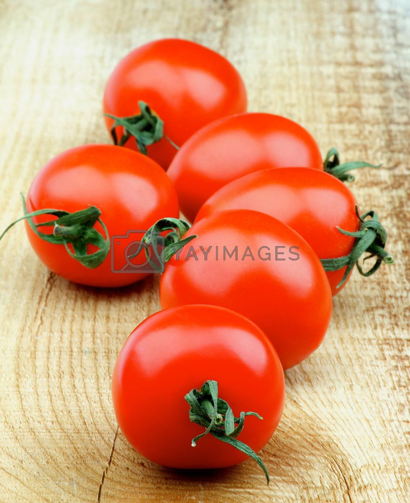 Cherry Tomatoes by zhekos
