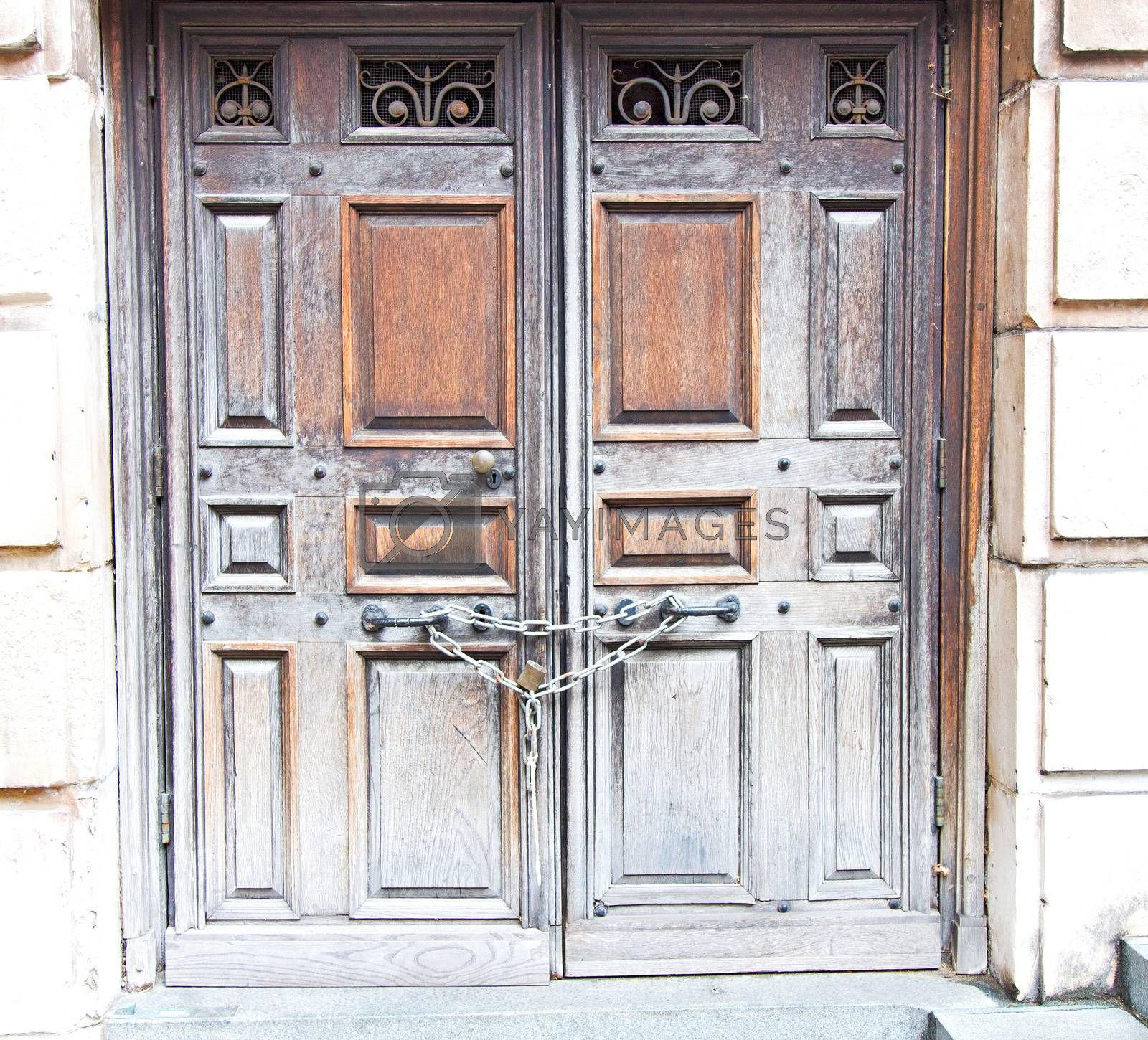 door st paul cathedral in london england old construction and re by lkpro