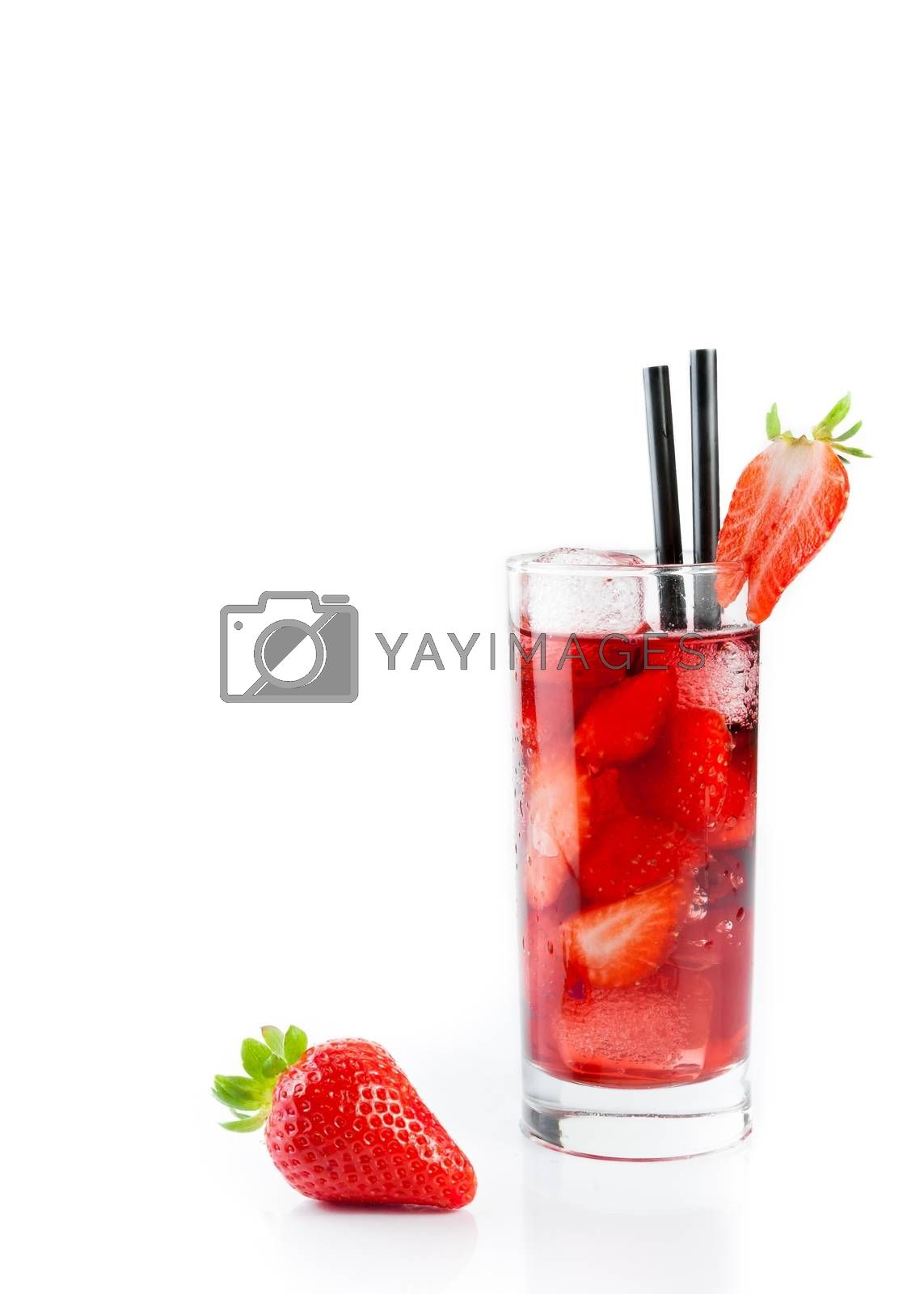 Strawberry in font of cocktail with ice isolated with strawberry on top by donfiore