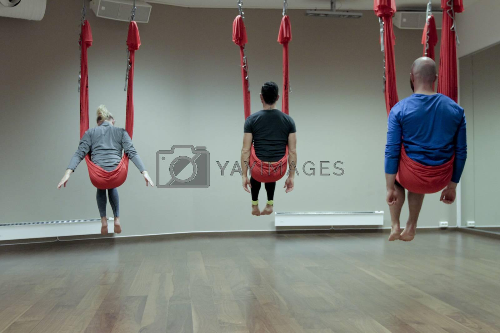 Treningstimen Anti-Gravity Yoga på Sats