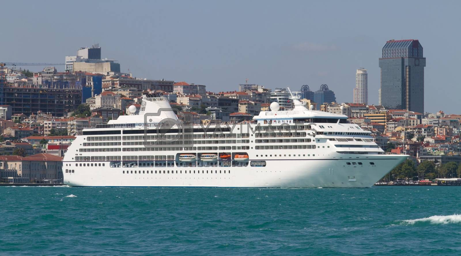 A Cruise in Istanbul