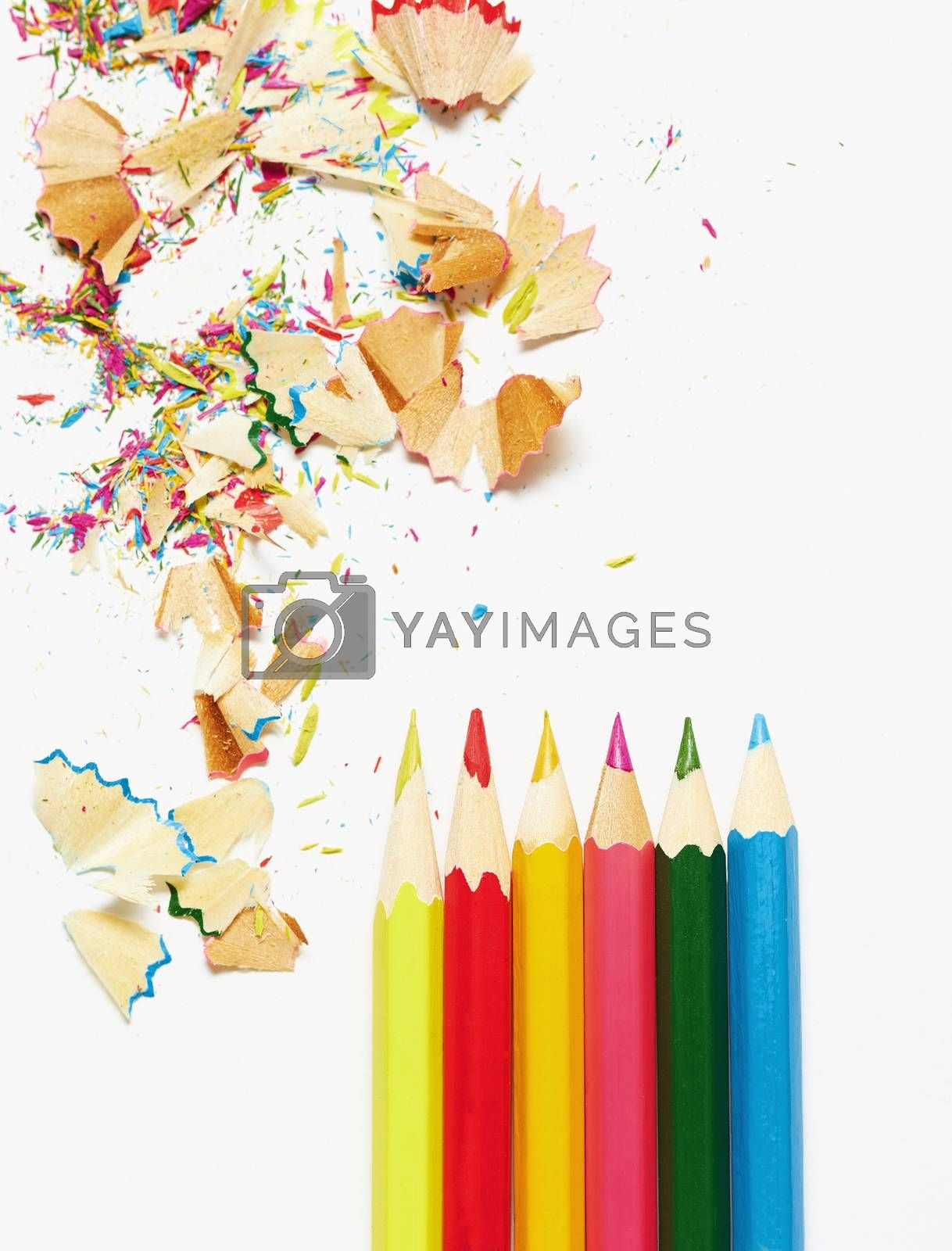 Colored pencils and trash by Novic