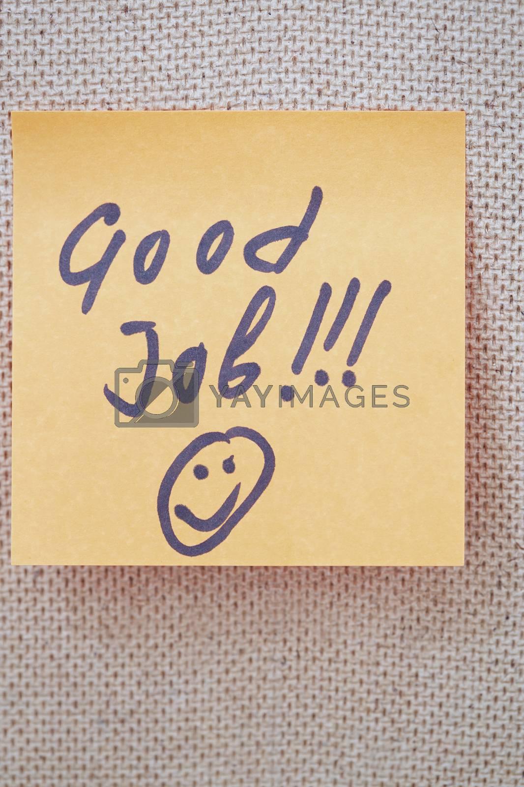 Good job written on a sticky note by Novic