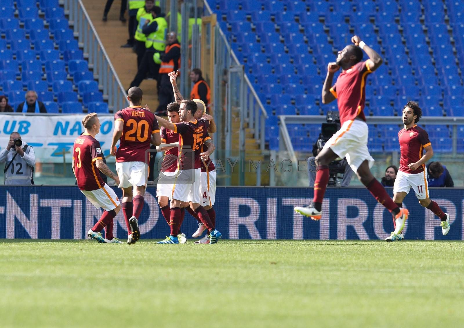 ITALY, Rome: Radja Nainggolan celebrates after scoring a goal 1-0 during the Italian Serie A football match A.S. Roma vs S.S.C. Napoli at the Olympic Stadium in Rome, onn April 25, 2016