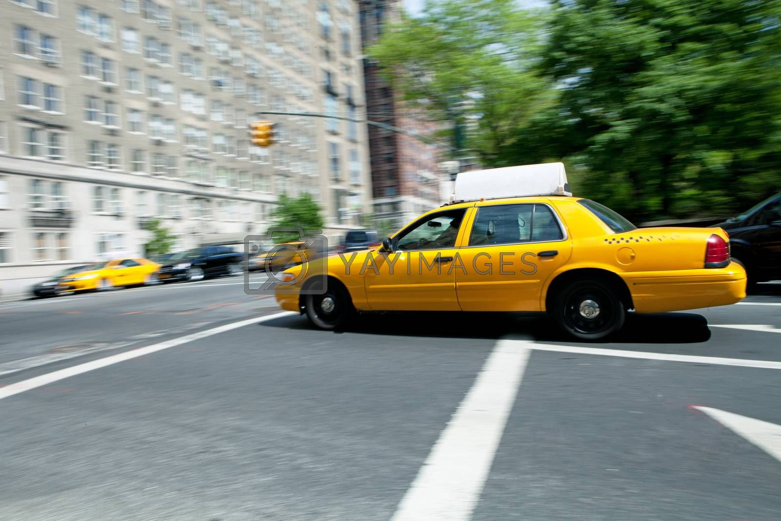 Speeding NYC Taxi by graficallyminded