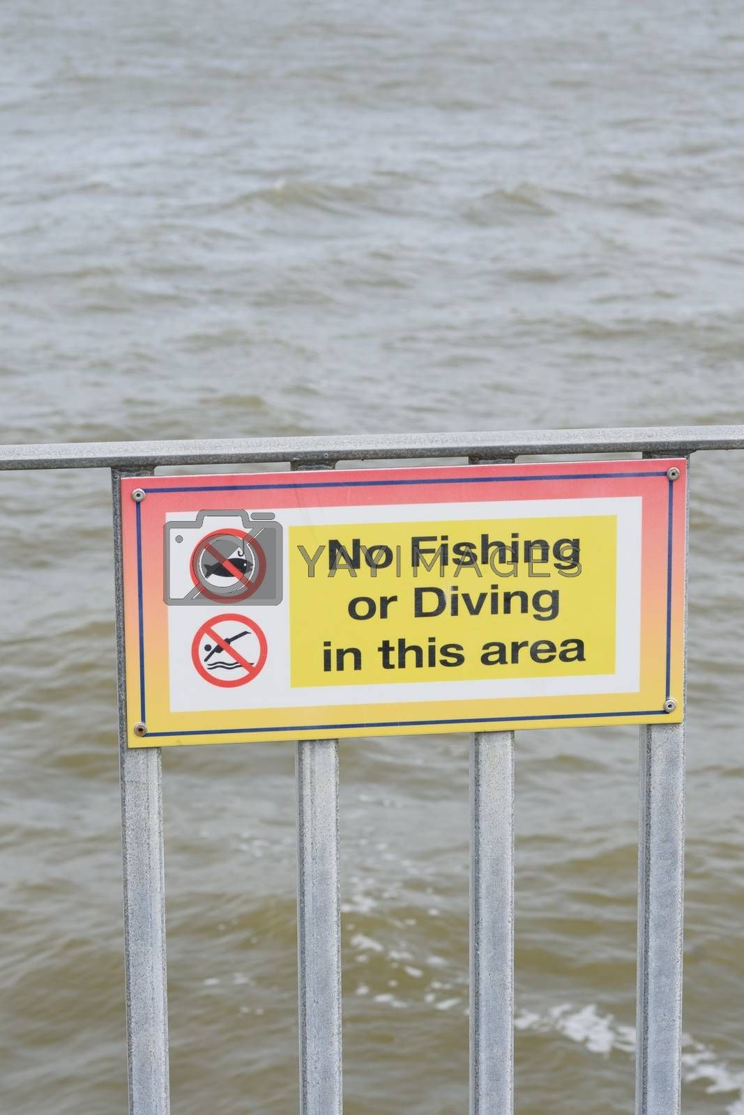 No fishing or diving sign