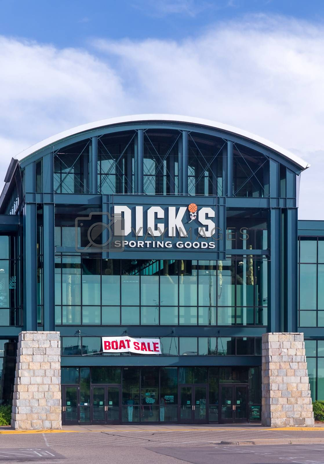 RICHFIELD, MN/USA - MAY 30, 2016: Dick's Sporting Goods exterior. Dick's Sporting Goods, Inc. is a Fortune 500 American corporation in the sporting goods and retail industries.