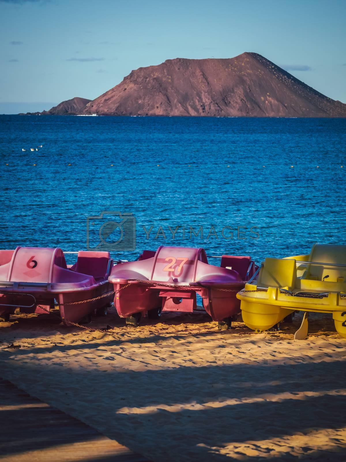 Los Lobos Island as seen from the harbour in Corralejo, Fuerteventura, Canary Island, Spain