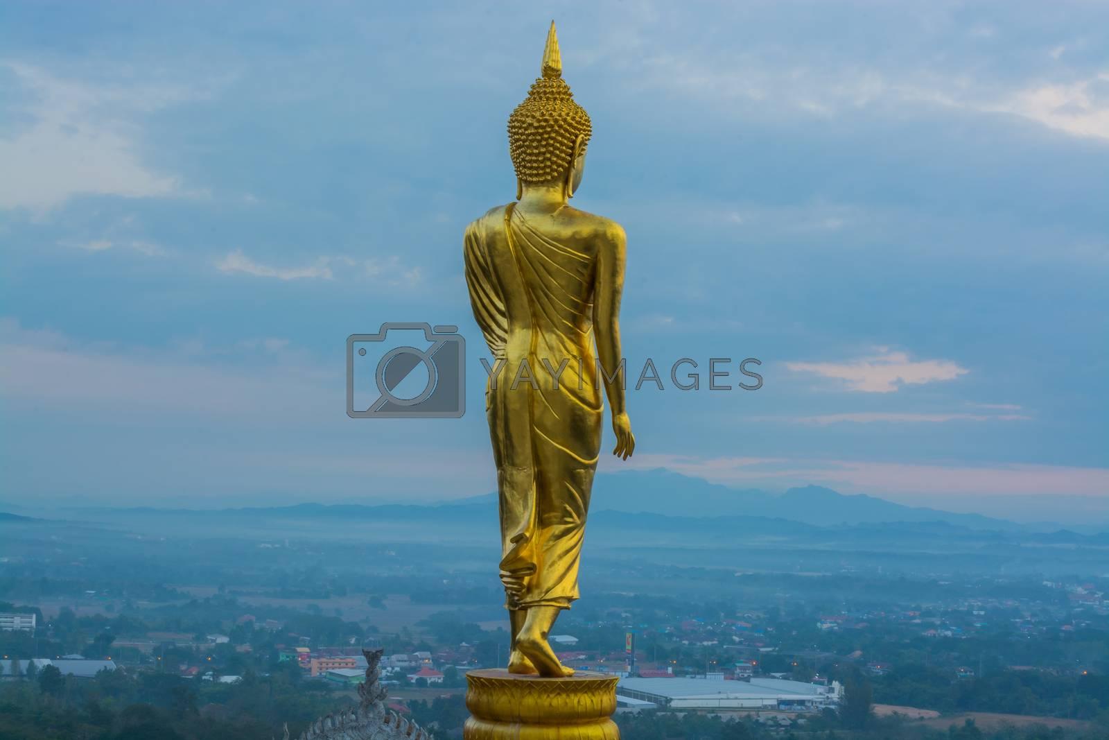 Buddha Statue by allseasonphotoseeker
