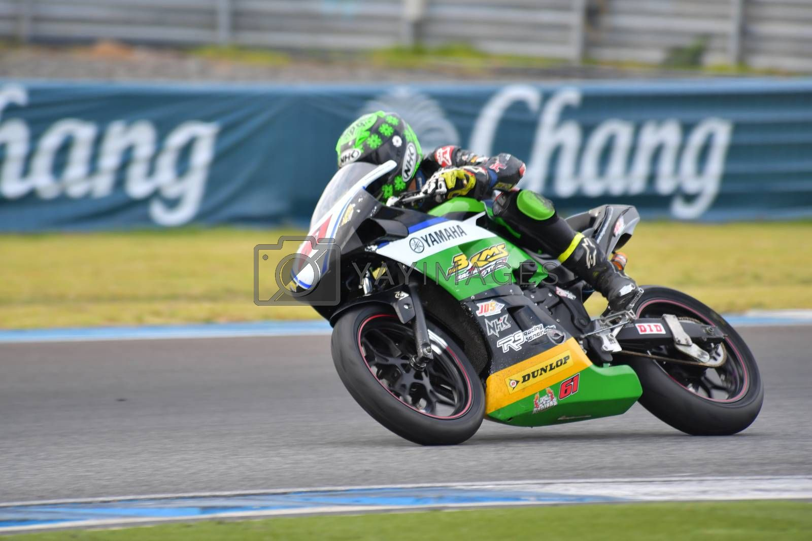 BURIRAM - DECEMBER 4 : Ferlando Herdian of Indian with Yamaha motorcycle of Asia Production 250cc. in Asia Road Racing Championship 2016 Round 6 at Chang International Racing Circuit on December 4, 2016, Buriram, Thailand.