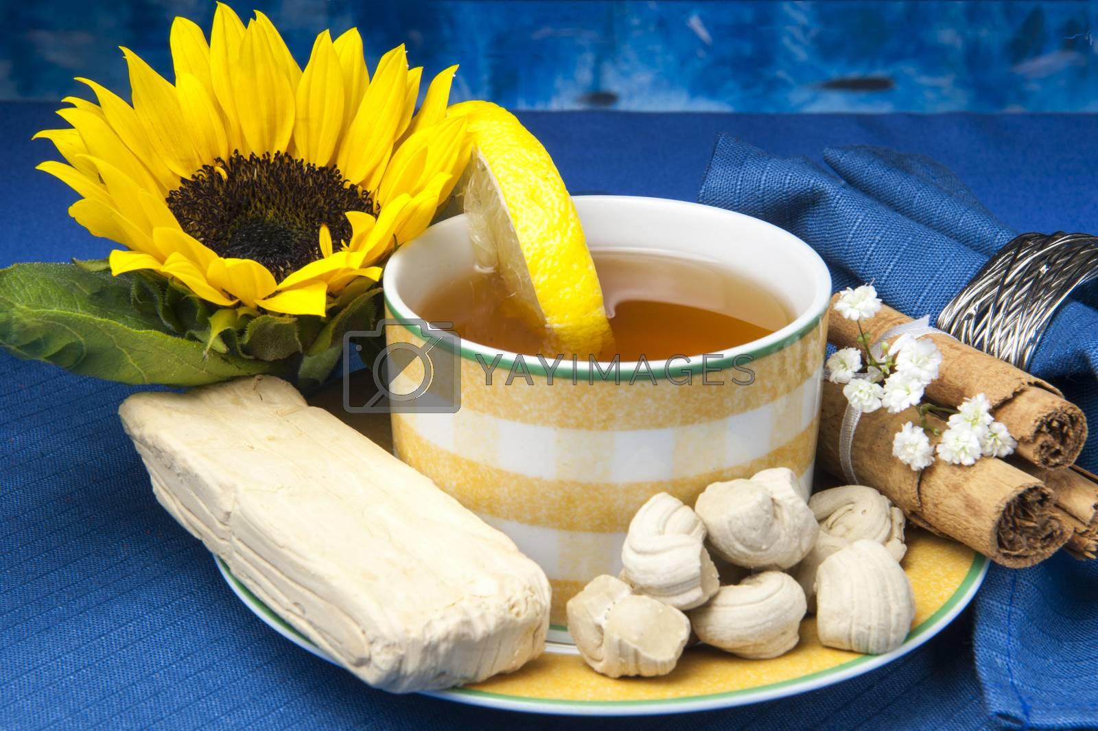 a green tea and small sweets Ecuadorians