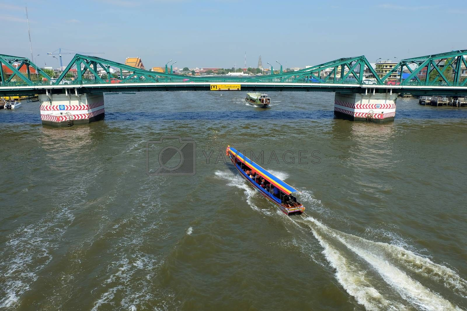 Scenery of Chaophraya River from Phra Phuttha Yodfa Bridge. Chaophraya River is the major river in Thailand.