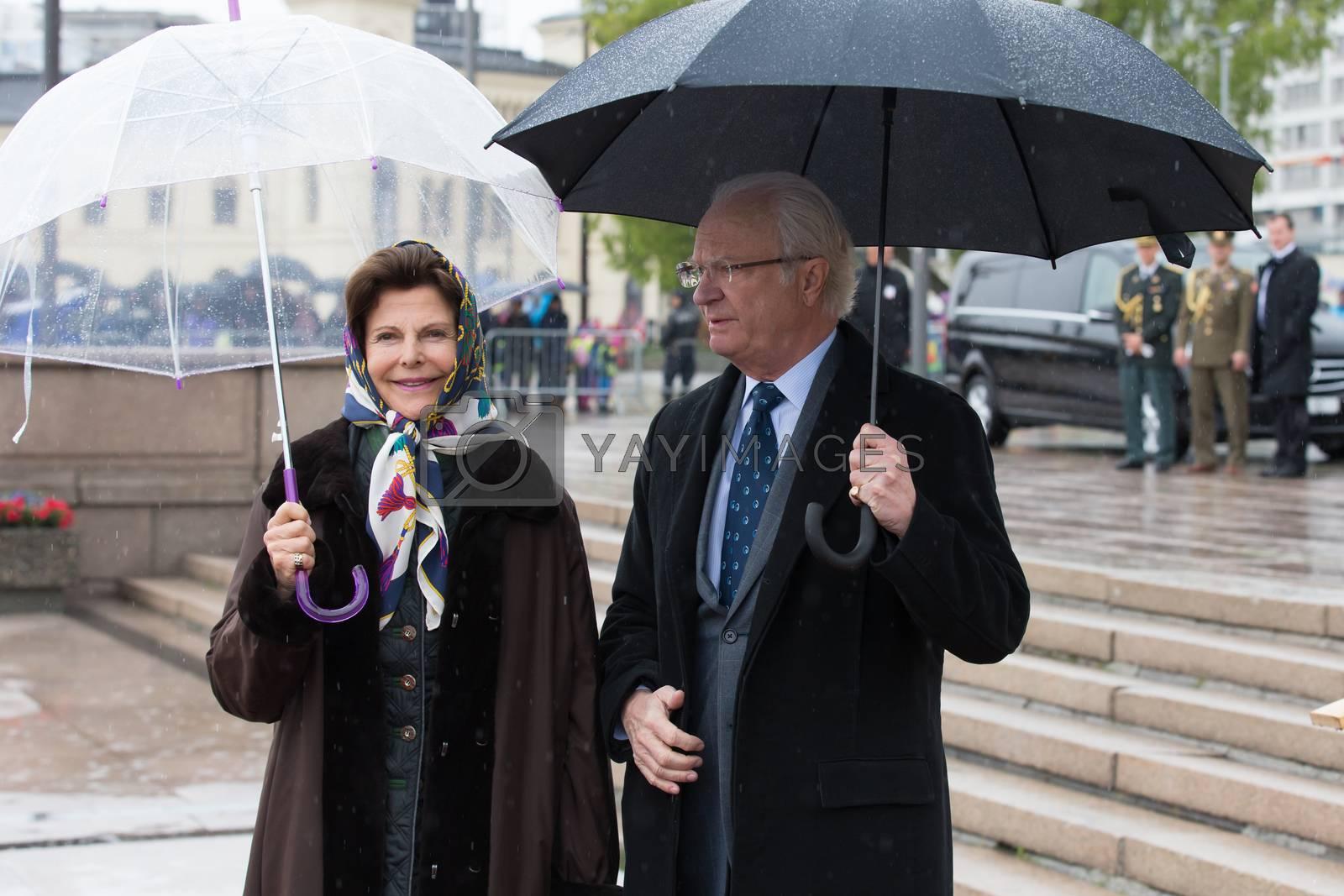 Kongeparets 80-årsfeiring fortsetter onsdag, og nå skal de kongelige gjestene ut på båttur med Kongeskipet - i regnvær.