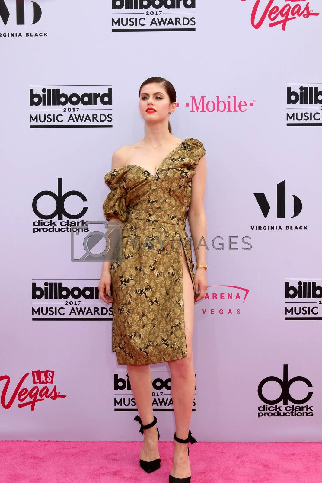Alexandra Daddario at the 2017 Billboard Awards Arrivals, T-Mobile Arena, Las Vegas, NV 05-21-17