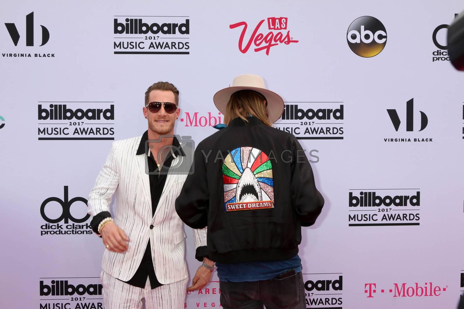 Florida Georgia Line, Tyler Hubbard, Brian Kelley at the 2017 Billboard Awards Arrivals, T-Mobile Arena, Las Vegas, NV 05-21-17